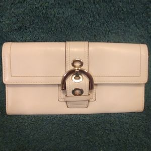 Coach White Leather Soho Buckle Wallet